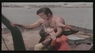 Hai Re Mohe Lage Sardi - Memsaab - Vinod Khanna, Bindu - Bollywood Sensuous Song[(002187)20-24-20]
