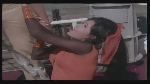Hai Re Mohe Lage Sardi - Memsaab - Vinod Khanna, Bindu - Bollywood Sensuous Song[(004549)20-26-45]