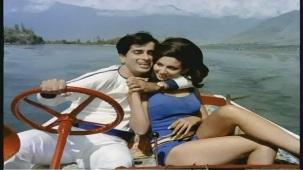 Mere Bechain Dil Ko Chain - Hindi Romantic Song - Aamne Saamne - YouTube(3)[(007186)21-36-52]