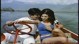 Mere Bechain Dil Ko Chain - Hindi Romantic Song - Aamne Saamne - YouTube(3)[(007619)21-37-46]