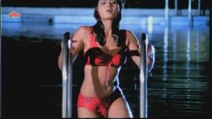 Vikrant Mahajan, Divya Diwedi - Chalak Hot Kissing Scene 1_9 - YouTube[(002460)20-16-29]
