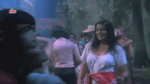 Zeenat Aman, Bandhan Kachchey Dhagon Ka Song - YouTube(4)[20-22-02]