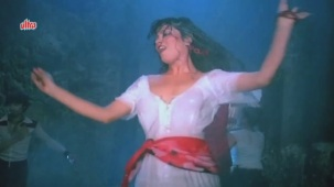Zeenat Aman, Bandhan Kachchey Dhagon Ka Song - YouTube(4)[20-24-53]