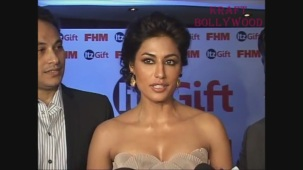 Chitrangada Singh DARK Beauty Cleavage EXPOSED! - YouTube[20-31-00]