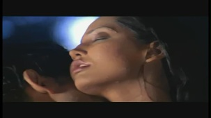 Doli And Suraj's Steamy Kiss - Meghna Naidu - Classic Dance Of Love - Hit Hindi Movie - YouTube(2)[(000259)20-39-26]