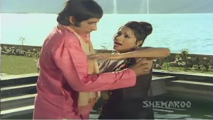 Ganga Ki Saugand - Part 4 Of 14 - Amitabh Bachchan - Rekha - Superhit Bollywood Movies - YouTube(2)[(001042)21-23-42]