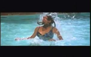 Haseena Maan Jaayegi - YouTube(18)[(084907)20-54-00]