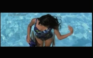 Haseena Maan Jaayegi - YouTube(18)[(085405)20-55-18]