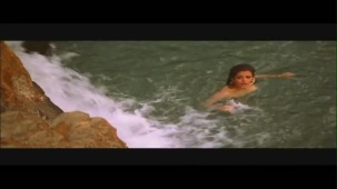Monkey Steals Rani's Clothes - Boy Friend - Sheeba - Ravi Behl - Bollywood Drama Scenes[19-29-35]