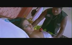 Namitha Bed Room Scene[(002498)19-31-38]