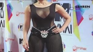 Bizzare_ Sophia Hayat Copies Lady Gaga[20-46-03]