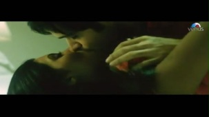 Emraan Hashmi getting intimate with Geeta Basra (The Train)[21-27-48]