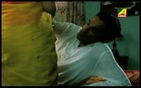 Je Jon Thake Majhkhane - Bengali Movie - 2_12 - YouTube[17-28-15]