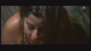Monalisa Magical Power To Nirahua UNCUT scene from Bhojpuri Movie [Sriman Driver Babu] - YouTube(2)[21-10-38]