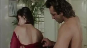Sanjay Dutt And Ravina Romancing Scene[20-18-21]