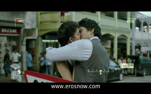 Vivaan & Siya's Lip Lock - Table No.21 - YouTube(4)[19-53-35]