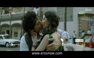 Vivaan & Siya's Lip Lock - Table No.21 - YouTube(4)[19-54-26]