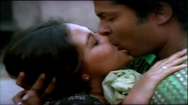 Bariwali - Chiranjeet, Kiron Kher, Rupa Ganguly - Bengali Drama Movie - YouTube(14)[(000758)13-52-24]
