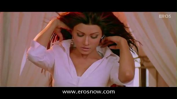 Is Tarah Deewane - Full Song - Insan ft Ajay Devgn & Koena Mitra - YouTube(2)[(000158)19-43-58]