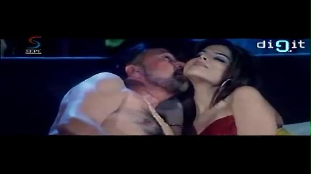 Wafaa - Rajesh Khanna - Full Movie - YouTube(4)[(003091)20-20-11]