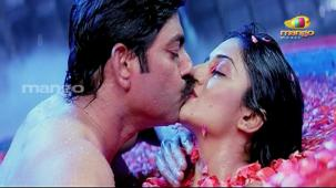 Chattam Movie Songs - Dhimtanakka - Jagapathi Babu, Hot n Sexy Vimala Raman's Item Song[19-47-23]
