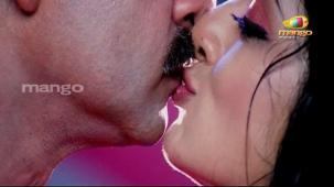 Chattam Movie Songs - Dhimtanakka - Jagapathi Babu, Hot n Sexy Vimala Raman's Item Song[19-47-42]