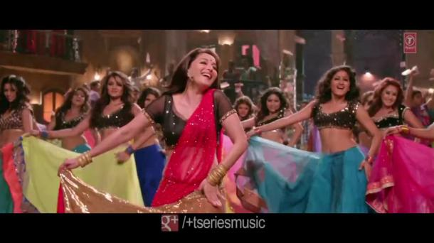 Ghagra Yeh Jawaani Hai Deewani_ Madhuri Dixit, Ranbir Kapoor[19-35-46]