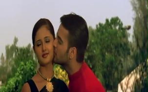 Yeh Lamhe Judaai Ke - Part 7 Of 10 - Shah Rukh Khan - Raveena Tandon - Superhit Bollywood Movies - YouTube(4)[18-14-26]